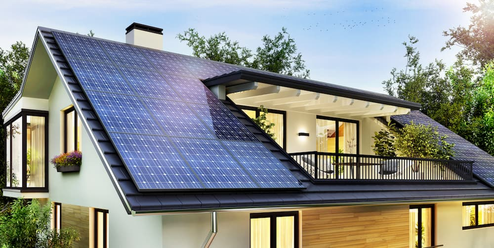 Haus mit Photovoltaikanlage © slavun, stock.adobe.com