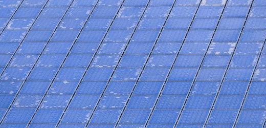 Defekte Photovoltaikanlage © Bomix, fotolia.com