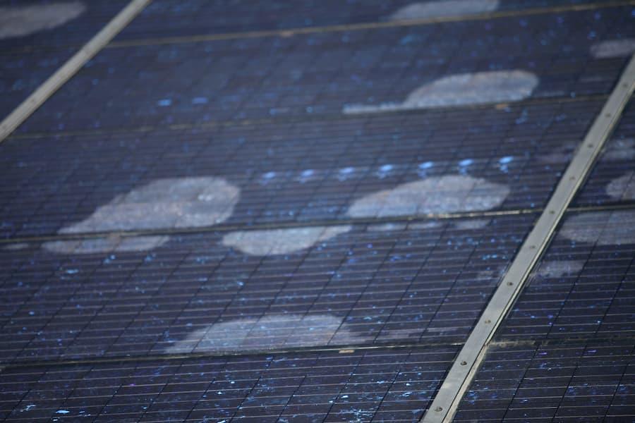 Schaden an einer Solaranlage © Luftbildfotograf, stock.adobe.com
