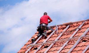 Photovoltaik: Aufdach-, Indachmontage oder Solardachziegel?