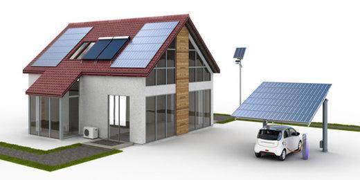 Haus und Carport mit Solaranlage © arsdigital, fotolia.com
