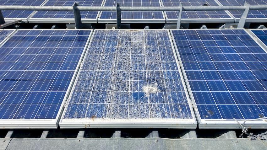 wartungsbedarf von photovoltaikanlagen tipps und infos. Black Bedroom Furniture Sets. Home Design Ideas