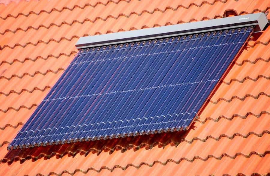 Solarthermieanlage © Otmar Smit, stock.adobe.com